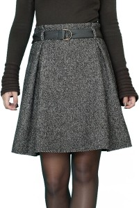 Топла зимна вълнена пола в кафяво бежови нюанси