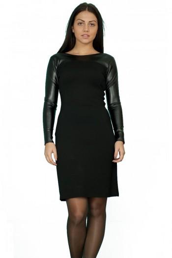 Стилна черна рокля от плат и изкуствена кожа