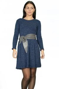 """Зимна рокля от """"пухкав"""" трикотажен плат"""