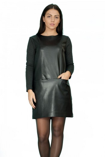 модерна рокля ,съчтание от плат и кожа