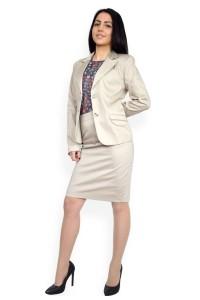 Елегантен дамски костюм сако и пола