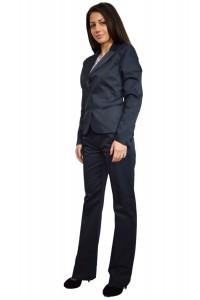 Eлегантен бизнес дамски костюм
