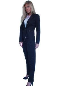 Стилен спортен дамски офис костюм с панталон черен