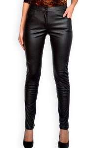 Дамски черен панталон от еко кожа