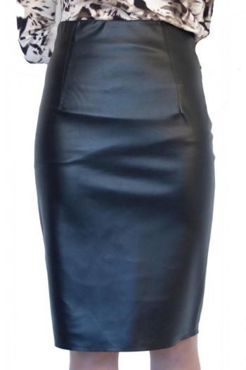 Черна права кожена пола до коляното