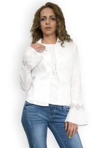 Бяла,ленена блуза с бродерия на ръкавите