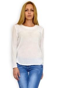 Бяла блуза