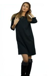 Стилна черна рокля -прав силует с джобове и ефектен метален цип на гърба