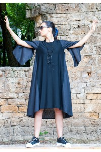 Екстравагантна черна рокля