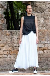 екстравагантен дамски пола- панталон в бял цвят